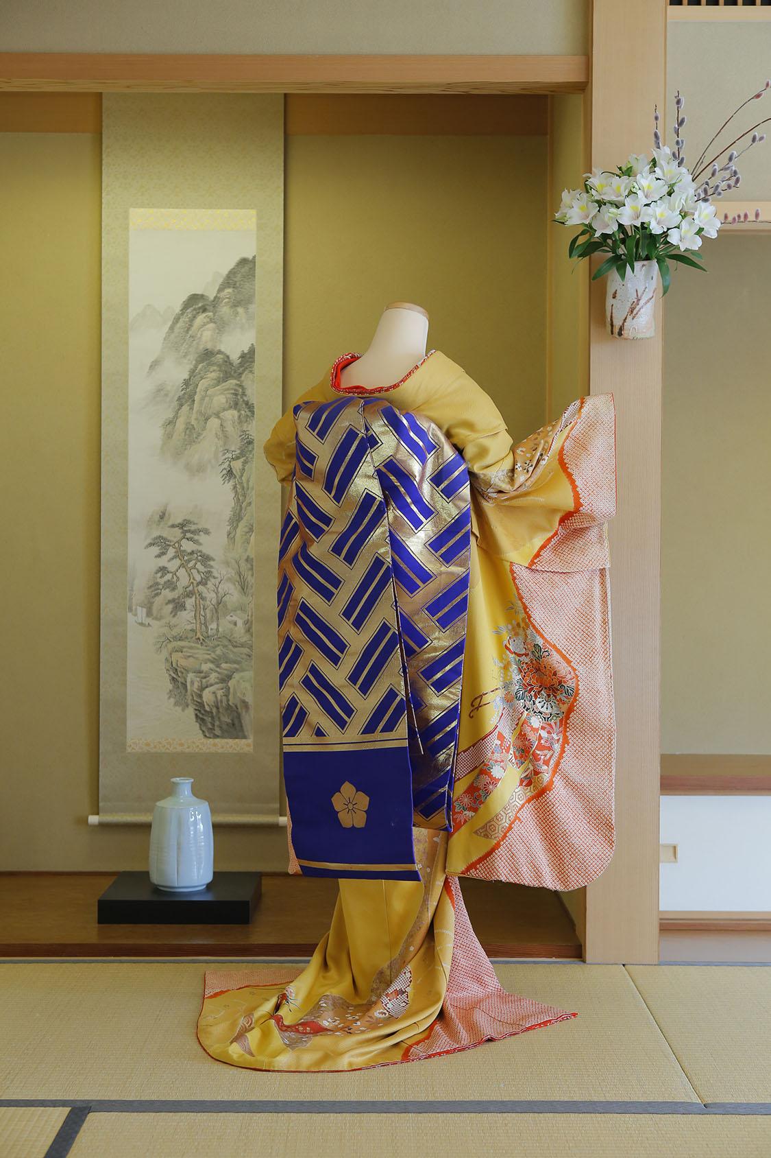 紺地檜垣紋